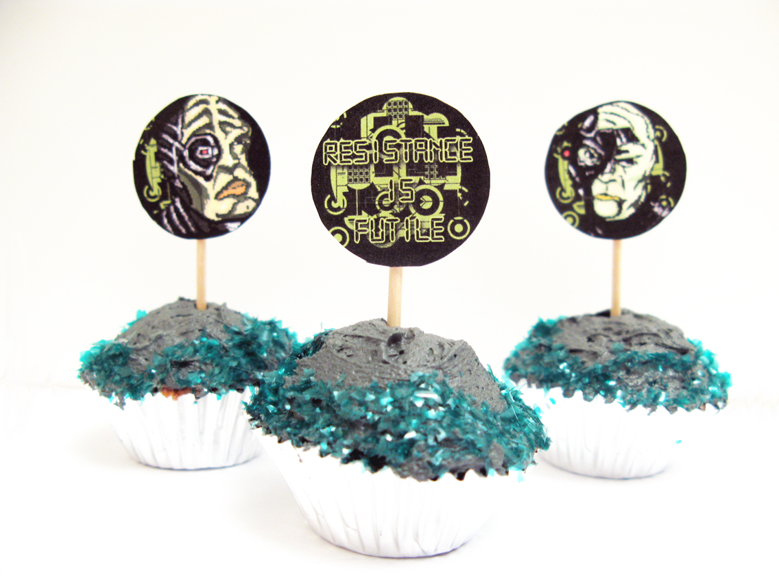 Borg Brownie Cupcakes Raptor Toe Food Baking Fun